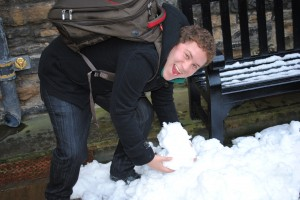 GCU - Victor lifting snow