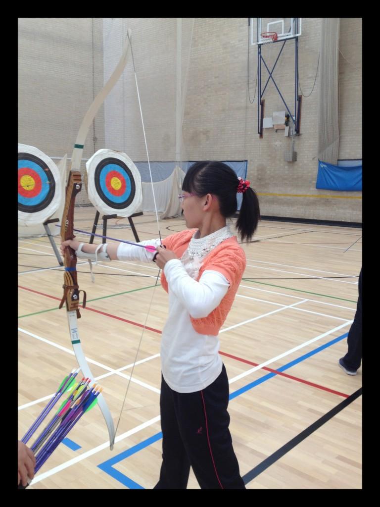 Black frame - Yolanda - archery