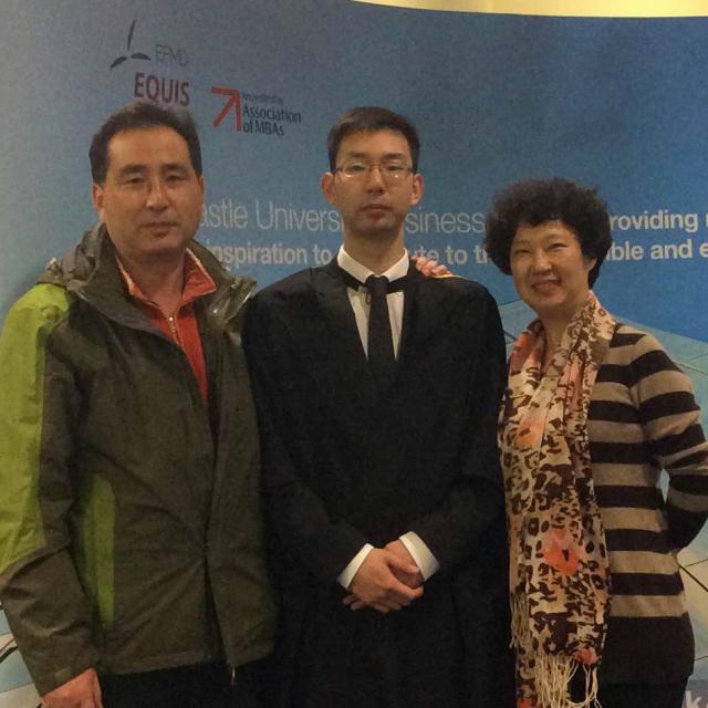 tristan blog with parents_Fotor