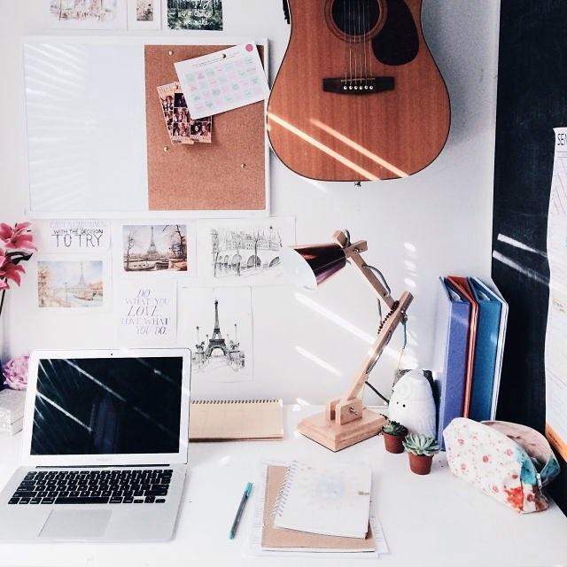 @study.addict inspirational study desk