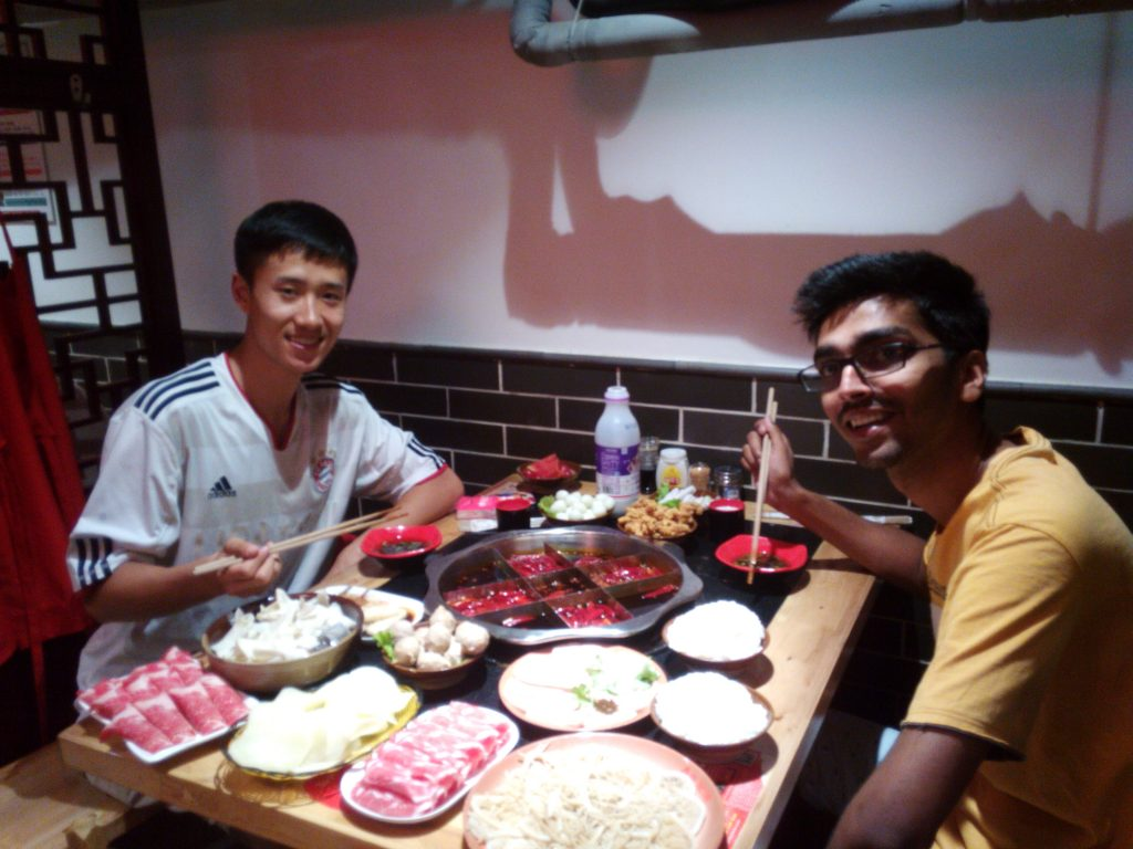 Having dinner with a friend Chengdu in Tianjin. Study in China.