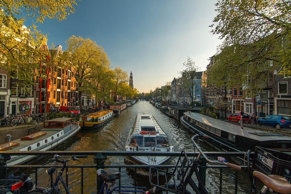 Amsterdam. Study in a stunning city