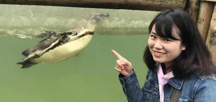 Sayaka_on_a_day_trip_with_host_family_UOG_student_accommodation