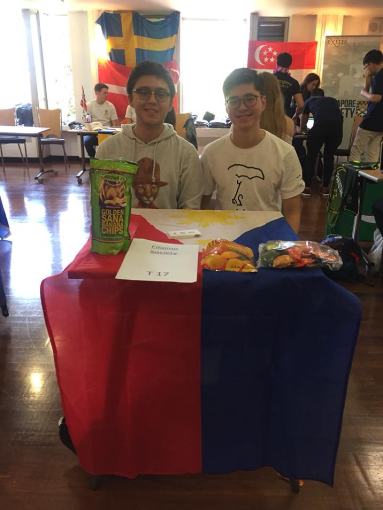 Lorenzo at a Freshers Fair - University societies blog