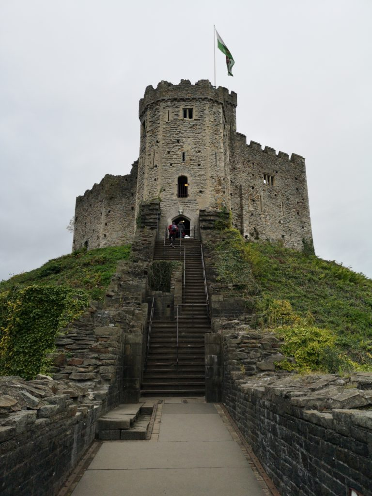Apisit blogs about his study adventure from Thailand to the UK and exploring Cardiff Castle